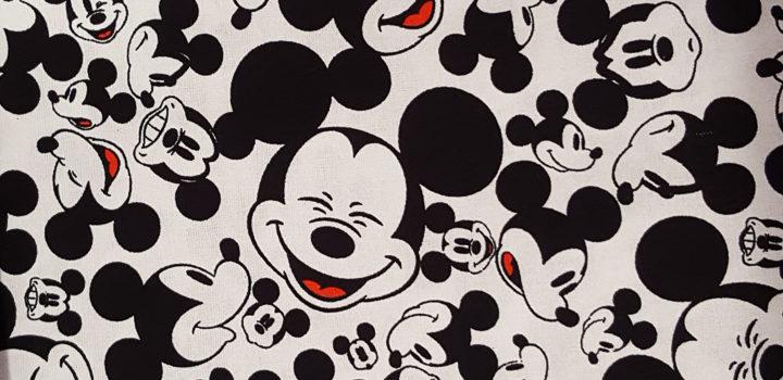 Nuevos estampados Disney sobre algodón 100%